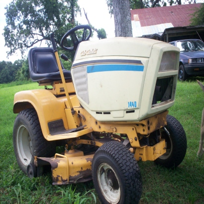 1440 cub cadet question Farmall Cub